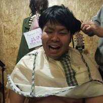 髪を妻に切られました。なんともみあげがない公然猥褻カット!!